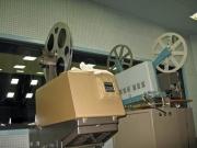 この映写機で森の学校を上映