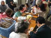 じゅず玉ブレスレット、手織り壁飾り