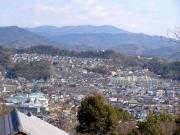 御油の市街地と本宮山